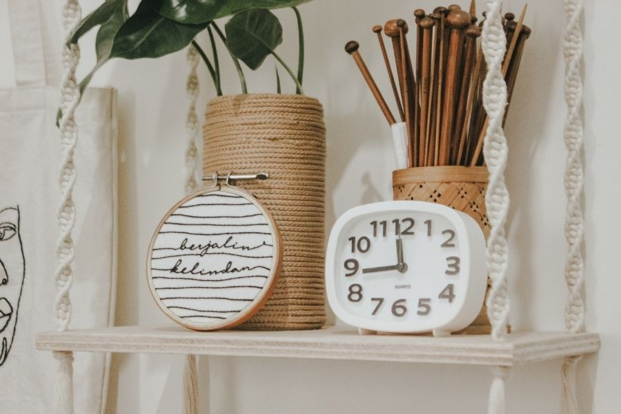 14 Easy DIY Macrame Projects for Bookworms Bookmarks Shelf
