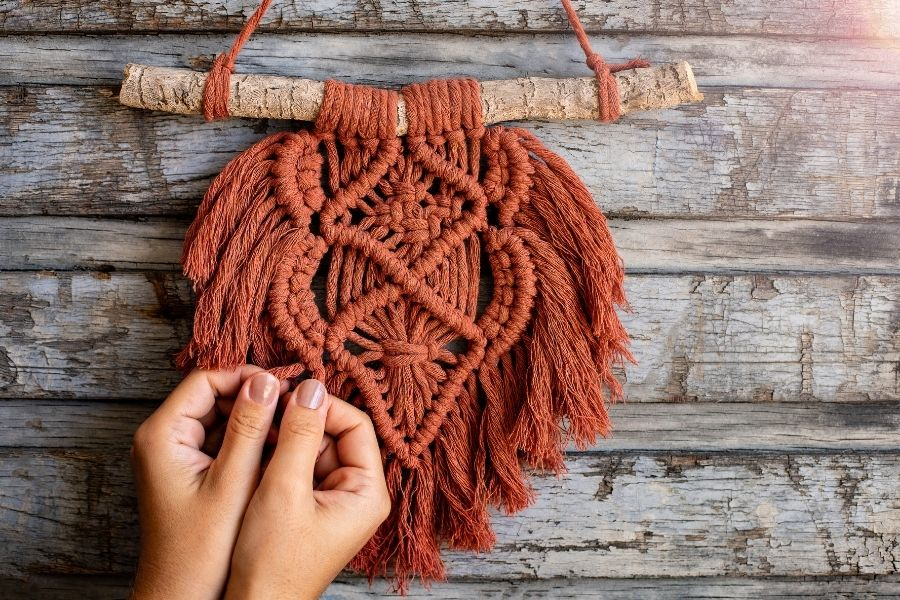 How to Make a Macrame Wall Hanging - Macrame for Beginners