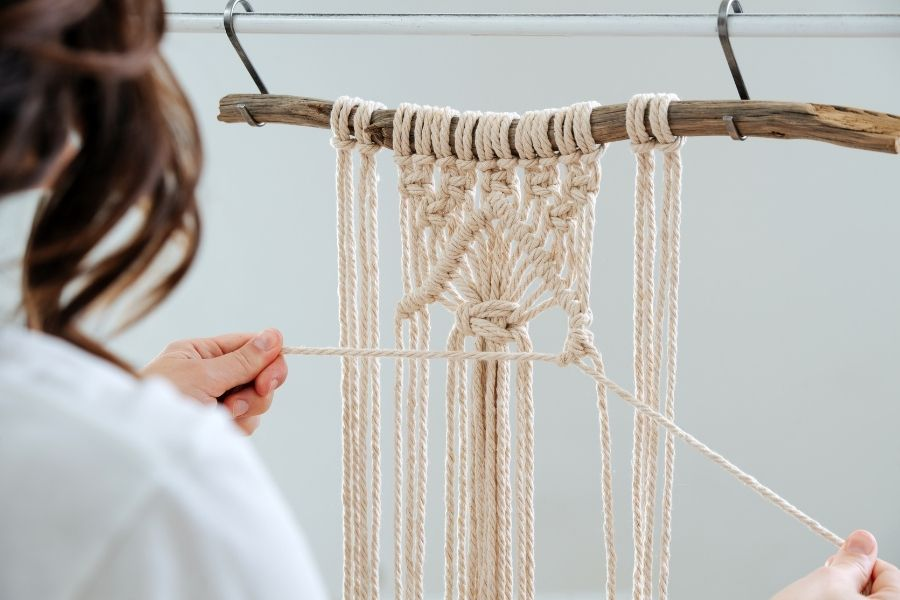 How to start with Macrame in 2021 - Macrame Workstation - Macrame for Beginners