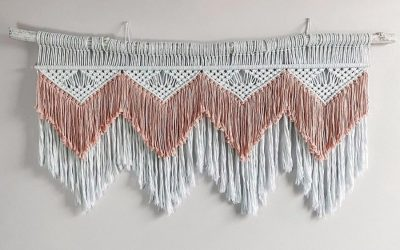 How to Make a Boho Macrame Wall Hanging – Written Pattern by Christina Hodges from the Knotting Millennial
